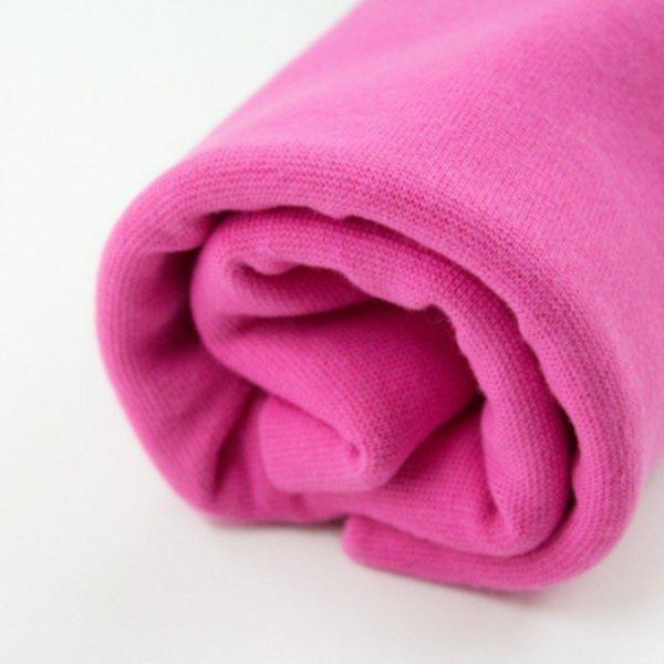 Bio Bündchen very pink