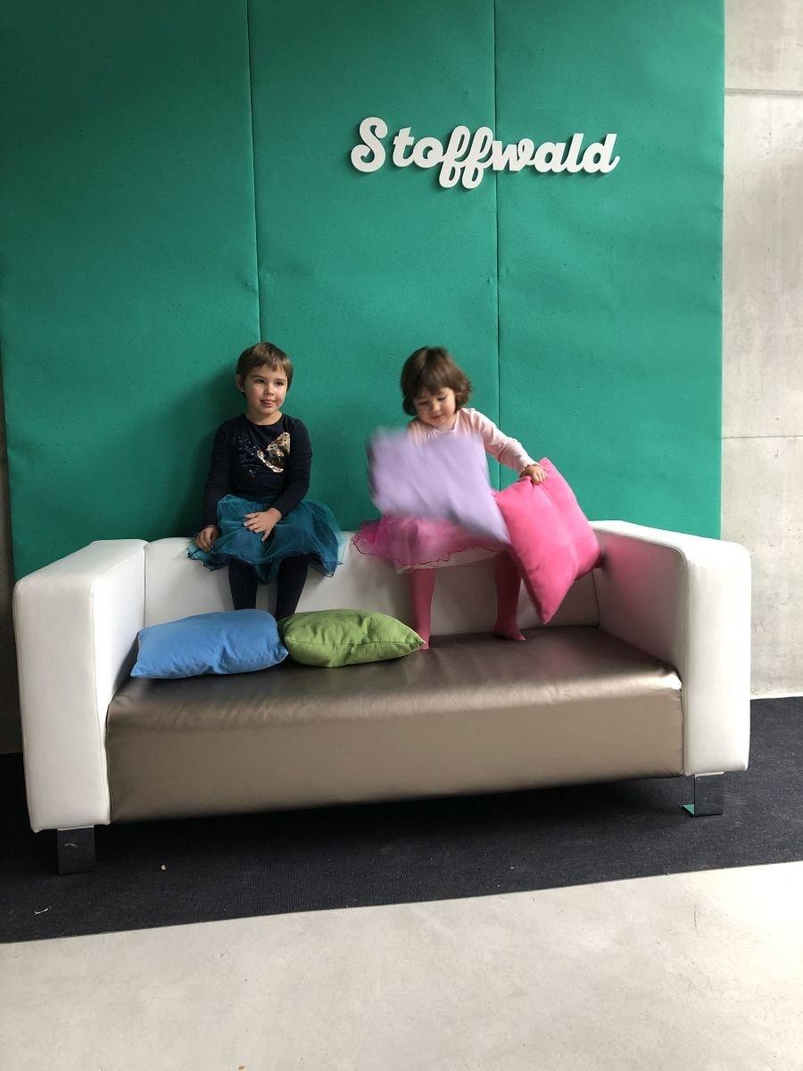Ein Wie überzieht man Sofa Wie man